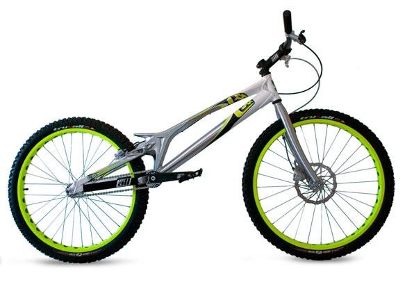 bicicleta pentru trial