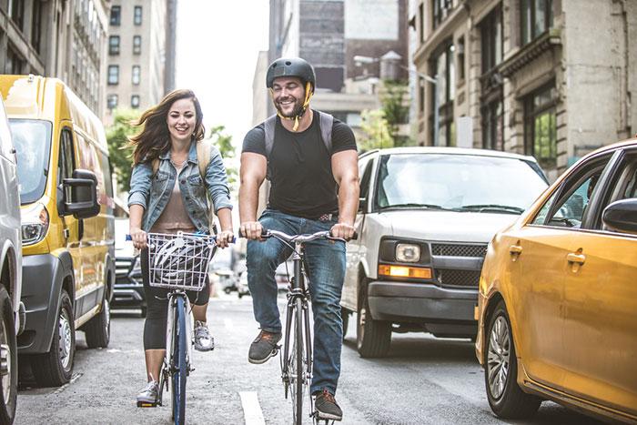 Sfaturi de siguranta pentru biciclisti | copii si adulti