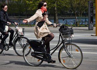 COD RUTIER 2013: Traversarea pe bicicleta a trecerii de pietoni este interzisa