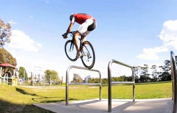 Skate park, trial and street tricks with road bike | Martyn Ashton