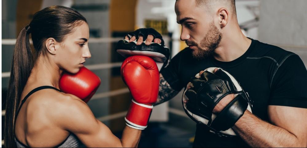 De unde imi cumpar echipament pentru kickbox, box sau MMA